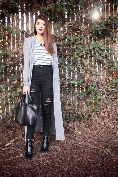 black Zara boots - black Missguided jeans - black leather Urban Outfitters bag