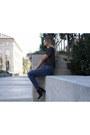 Black-booties-zara-boots-navy-distressed-zara-jeans