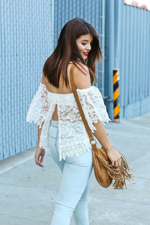 white lace crop top Windsor Store top - light blue high-waisted H&M jeans