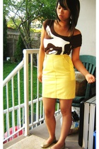 that yellow skirt