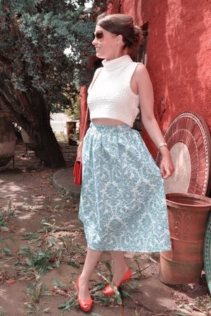 ivory H&M top - bronze Victoria Beckham sunglasses - sky blue H&M Trend skirt