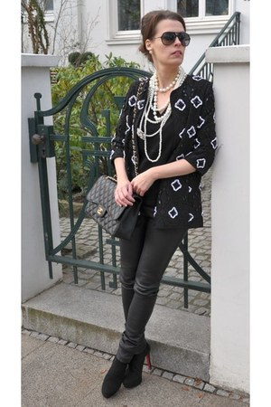 black Phillip Hardy boots - black H&M jacket - black Oakwood leggings