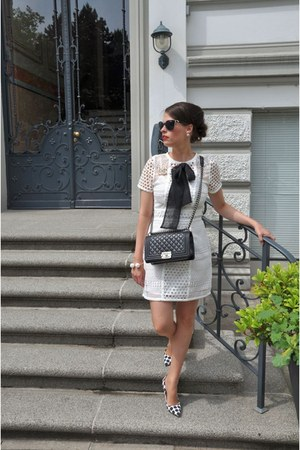 black Chanel bag - eggshell H&M dress - black Moschino sunglasses