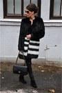 Black-varese-boots-black-oakwood-leggings-black-chanel-bag