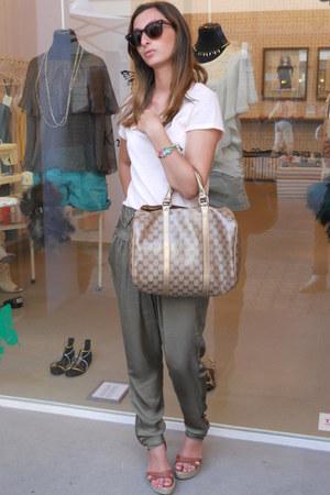 Gucci bag - H&M shirt - Ray Ban sunglasses - borgo degli ulivi heels