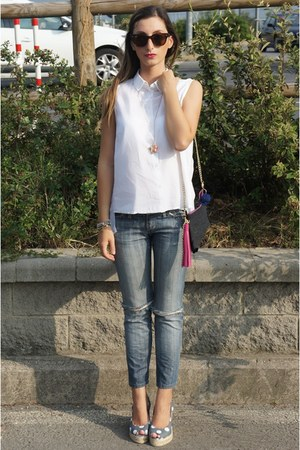 celyn b jeans - v bell bag - castner heels - united colors of benetton blouse