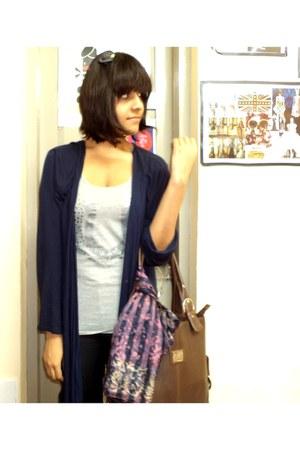 Jealous 21 jeans - flea market scarf - Bentore bag