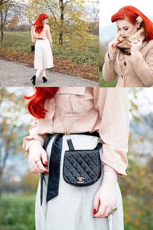 vintage Chanel bag - faux fur loop Boohoo scarf - Forever 21 blouse