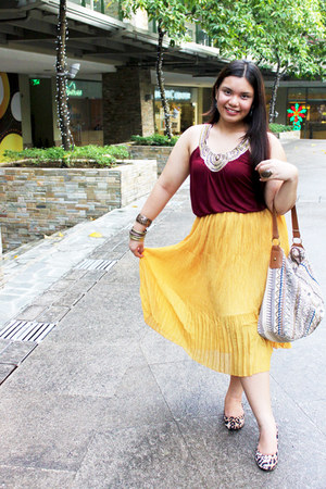yellow pleated unknown skirt - Accessorize bag - burgundy Forever 21 blouse