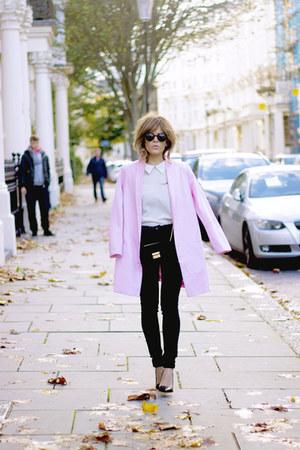 bubble gum Monki coat - black Topshop jeans - white Mango shirt