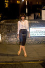White-guess-shirt-mustard-mango-bag-zara-heels-crimson-zara-skirt