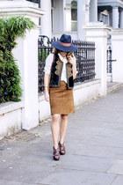 crimson Zara heels - navy H&M hat - cream Massimo Dutti shirt - navy Zara vest
