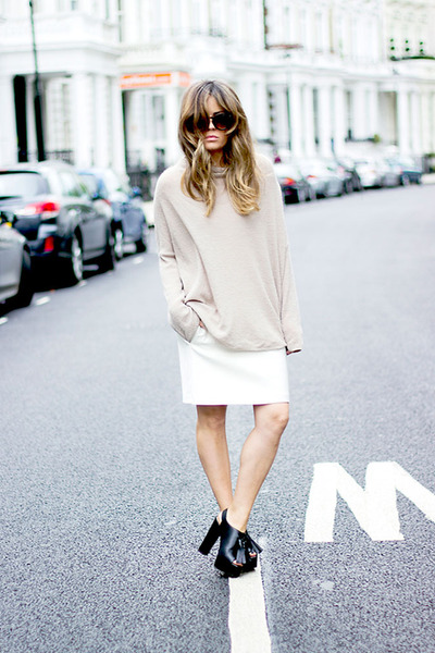 ivory Zara skirt - beige & other stories sweater - black Zara heels