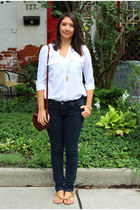 white Dynamite top - navy Bluenotes jeans - brick red saddle from greece purse