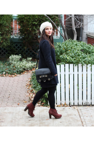 ivory knit H&M hat - maroon suede lace-up Madwell boots