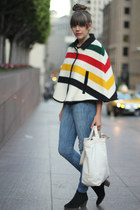 white ethanmade bag - black suede jamison Dolce Vita boots