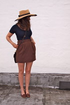 thrifted vintage hat - brown leather coach bag - altered thrifted vintage skirt