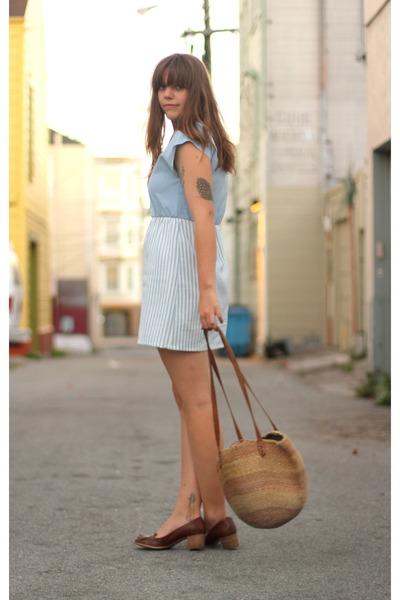 light blue nautical vintage dress - tan market vintage bag