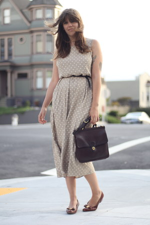 tawny vintage ferragamos shoes - beige polka dots thrifted dress - dark brown le