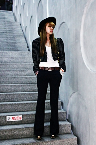 black vintage jacket - navy Gap pants - black Nine West wedges