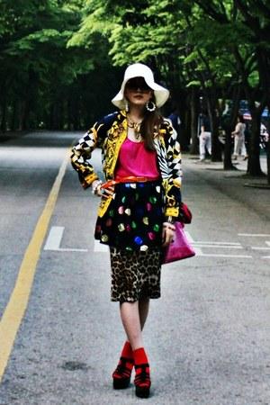 black H&M wedges - hot pink ginger bag - black Topshop skirt