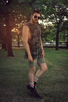 army green H&M shirt - olive green H&M shorts - off white H&M socks