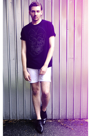 black Zara boots - black Zara shirt - off white pull&bear shorts