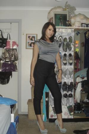 black Tokito pants - gray Valleygirl top - gray peeptoeshoescomau shoes