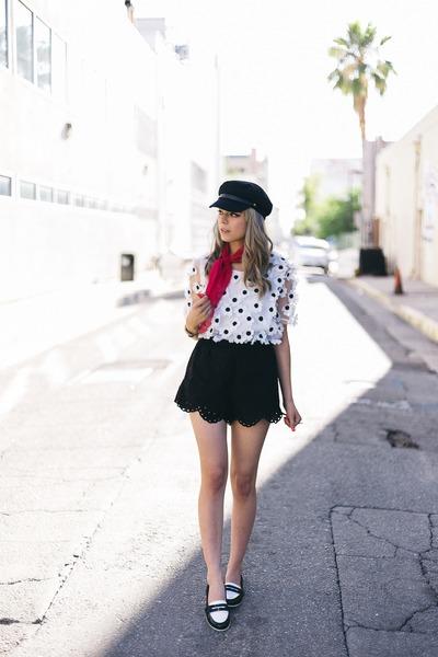 black H&M shorts - black hat - black oxfords loafers