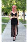 Red-lipstick-sephora-accessories-black-lace-romwe-bra