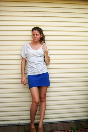 Sportsgirl t-shirt - Shackuhachi dress - Mollini shoes