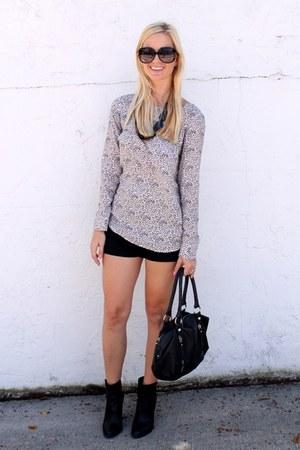 ann taylor blouse - Gucci sunglasses