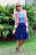 TODs sunglasses - Old Navy skirt - Old Navy t-shirt - Urban Outfitters sandals -