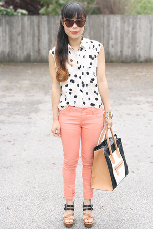 white DV by dolce vita blouse - peach f21 jeans