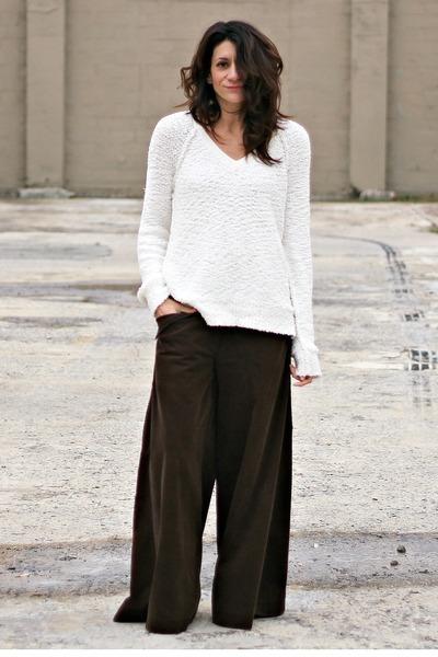 ivory Sanctuary sweater - dark brown wide-legs vintage pants