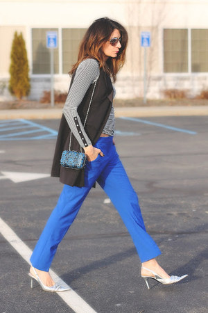 blue Vince Camuto pants - striped top - silver tano heels