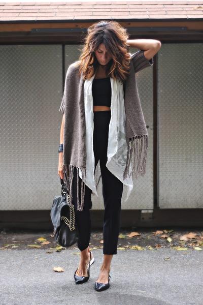 light brown District collection sweater - black vintage pants