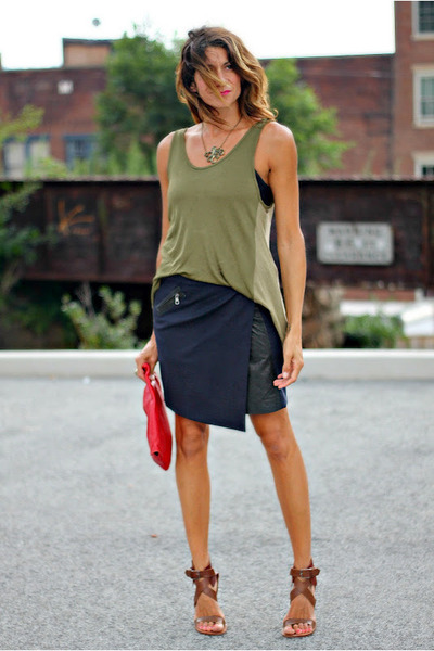 brown Chloe heels - olive green rag & bone shirt - red vintage bag