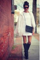 Textured white & Black