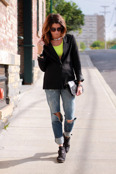 black blazer - jeans