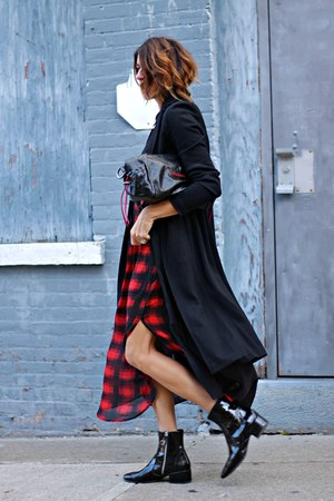 red plaid volcom skirt
