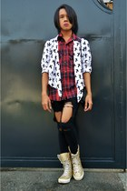 gold converse Converse shoes - ripped jeans Forever 21 jeans - plaid CPS top