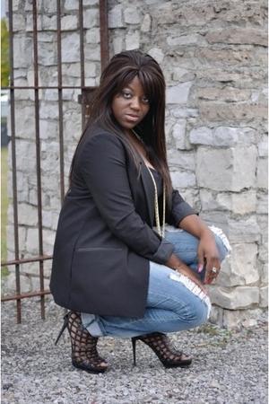black H&M blazer - black Forever 21 t-shirt - black michael antonio shoes - gold