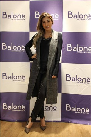 Balonè necklace - Schutz shoes - Zara vest - cotton on pants
