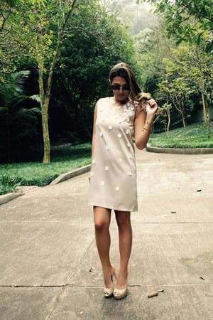 triton shoes - Carolina Barbosa dress - H&M sunglasses