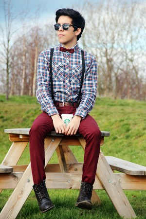 braces H&M accessories - bow tie Oscar de la Renta accessories - Topman boots