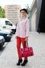 Red-jeans-black-h-m-hat-hot-pink-westragspt-purse-black-westragspt-clogs-