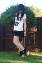 white H&M shirt - gray wedge Old Navy shoes