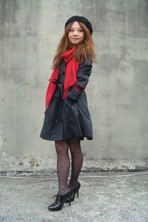 red H&amp;M scarf - black shoes - black coat
