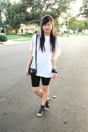 Hanes t-shirt - Anne Klein leggings - Burberry purse - Dolce Vita shoes